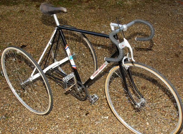 vélo transformé en tricycle pour adultes